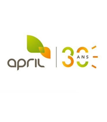 April da 30 anni